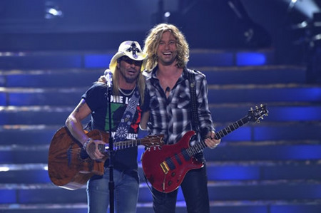 Bret Michaels and Casey James at Finale 5/26/10