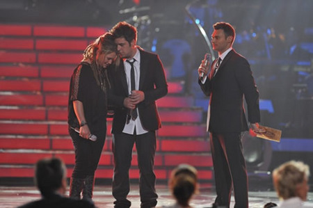 Lee Dewyze, Crystal Bowersox and Ryan Seacrest at Finale 5/26/10