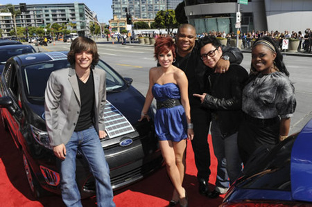 Five Finalistss on Red Carpet at Finale 5/26/10