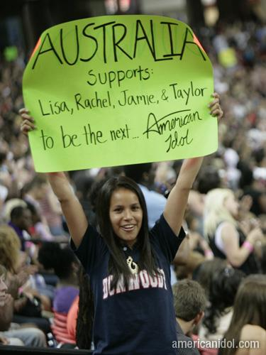 American Idol Season 9 Atlanta Auditions Girl Holding Australia Sign