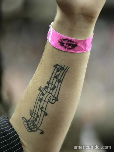 American Idol Season 9 Atlanta Auditions Pink Wrist Band and Tattoo