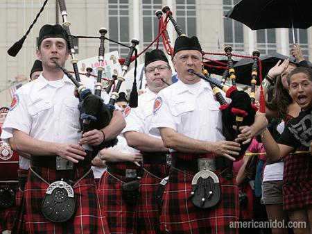 American Idol Season 9 Auditions Bag Pipers in Kilts