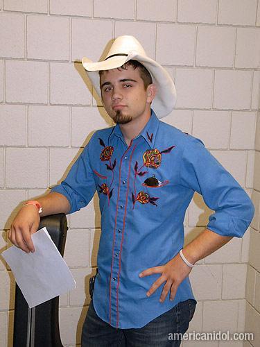 American Idol Season 9 Auditions Man in Blue Shirt and Cowboy Hat