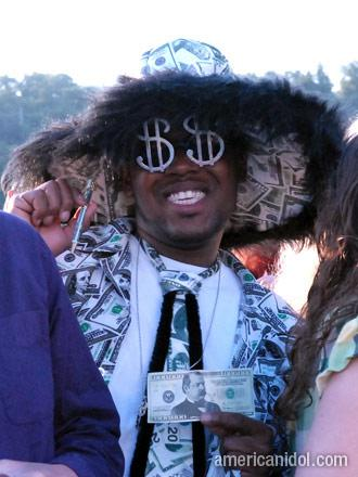 American Idol Season 9 Auditions Man Dressed Up in Money