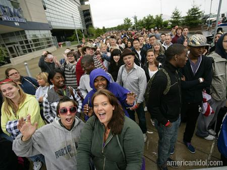 American Idol Season 9 Boston Auditions Crowd Screaming
