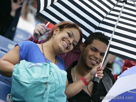 American Idol Season 9 Boston Auditions Girl and Guy Smiling