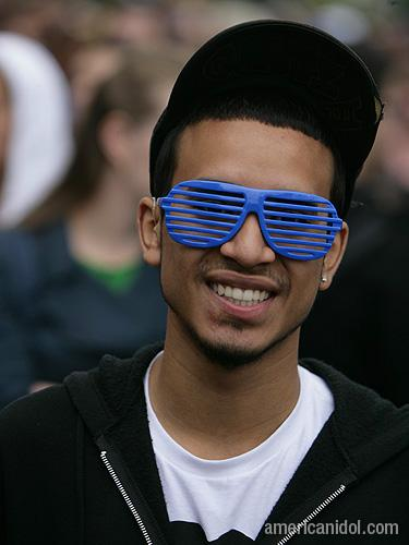 American Idol Season 9 Boston Auditions Man in Blue Glasses