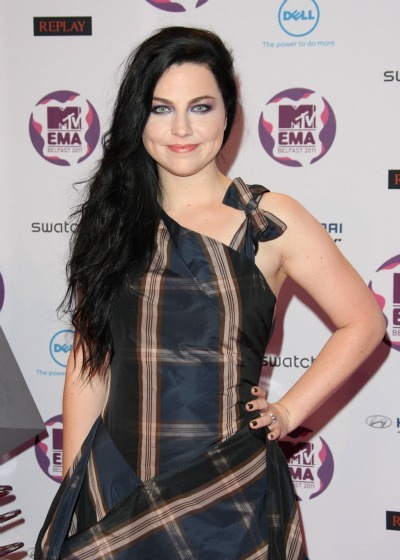 Amy Lee's side swiped 'do