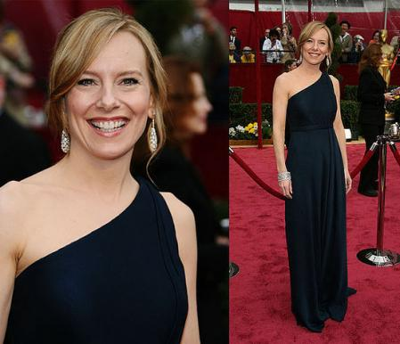 Amy Ryan Wire Image