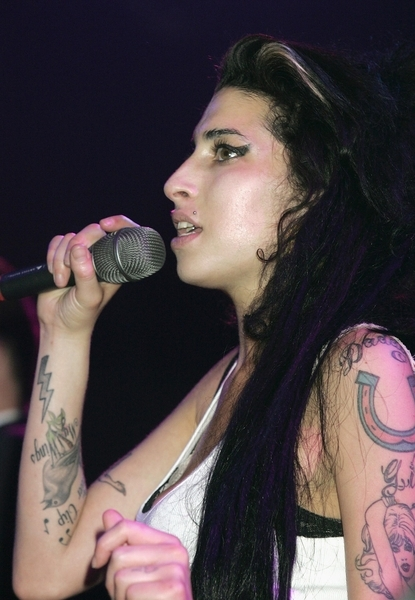 Amy Winehouse: Arm tattoos