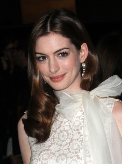 Anne Hathaway lets her hair down