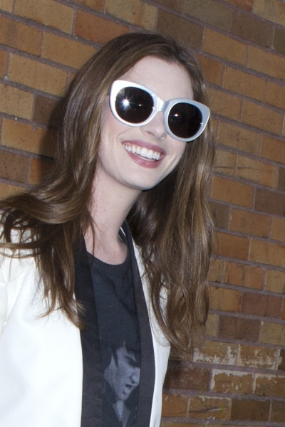Anne Hathaway in sunglasses