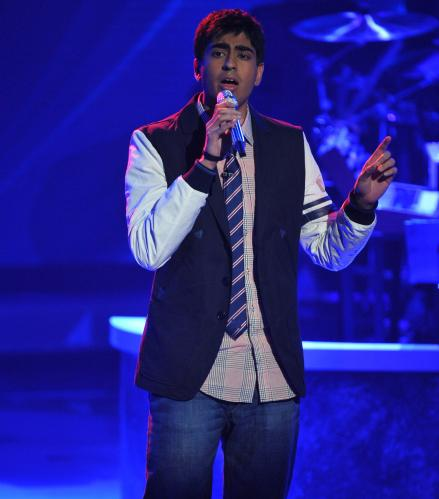 Anoop Desai performing on American Idol