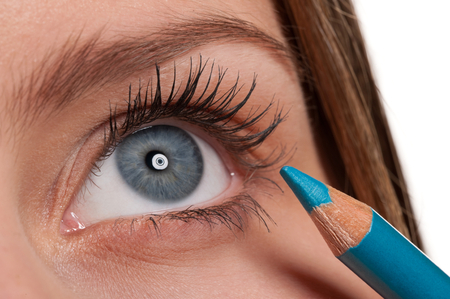Aqua eye liner