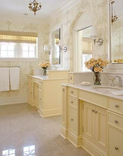 Soft yellow bathroom decor