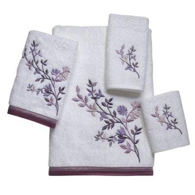 Floral sculpted bath towels