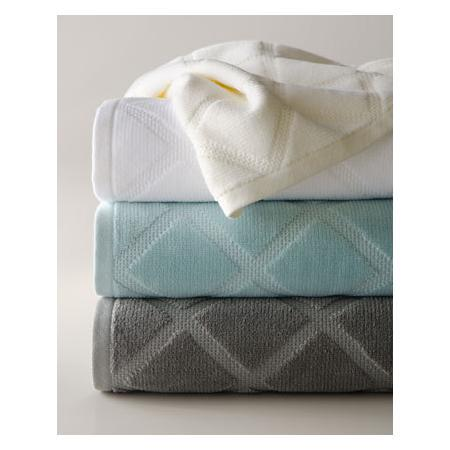 """Parisian diamond"" towels"