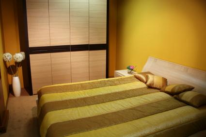 Yellow bedroom decor - Red, yellow & orange themes