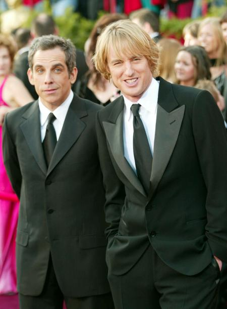 Ben Stiller and Owen Wilson standing with arms at their sides at the Academy Awards