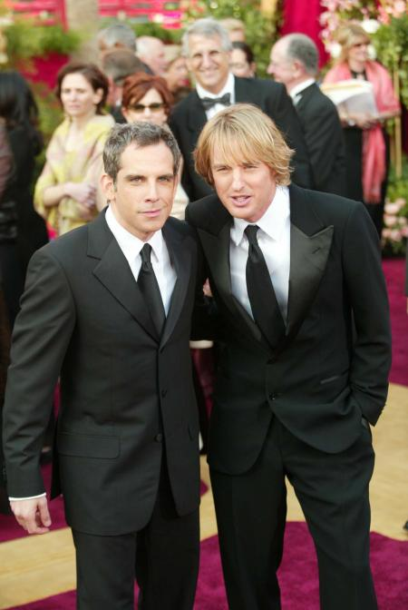 Ben Stiller and Owen Wilson pose for a picture at Acamedy Awards