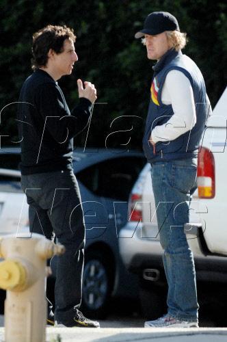 Ben Stiller stands next to Owen Wilson
