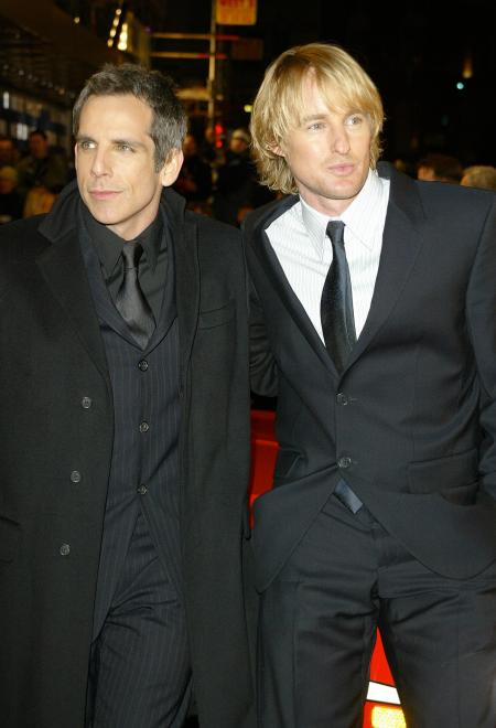 Ben Stiller and Owen Wilson in suits at the Starsky and Hutch premiere