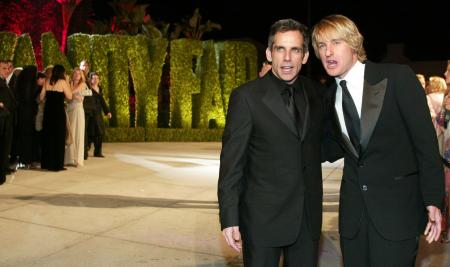Ben Stiller and Owen Wilson dressed in classy suits at a premiere for the Starsky and Hutch remake