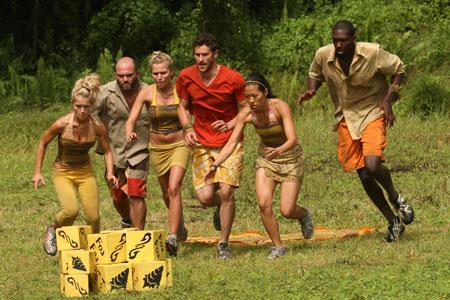 Best Survivor: Samoa (19) Moments Foa Foa Gathering Blocks in a Challenge