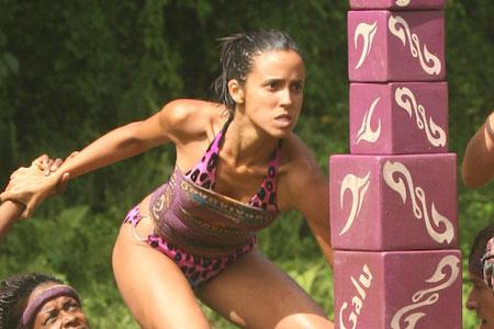Best Survivor: Samoa (19) Moments Monica Stacking Blocks for Galu