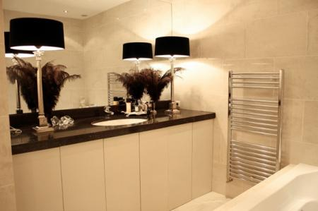 Black and White Bathroom - Bathroom decorating ideas