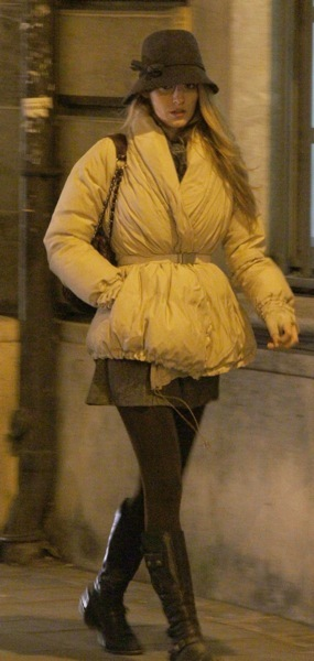 Blake Lively with the pouf