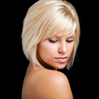 Blonde hair - Long bob with bangs