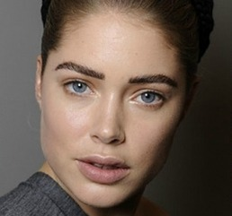 Bold natural eyebrows