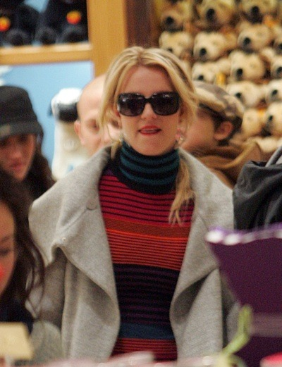 Britney Spears shopping