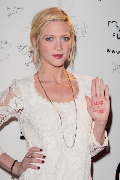 Brittany Snow&#039;s blonde, updo hairstyle