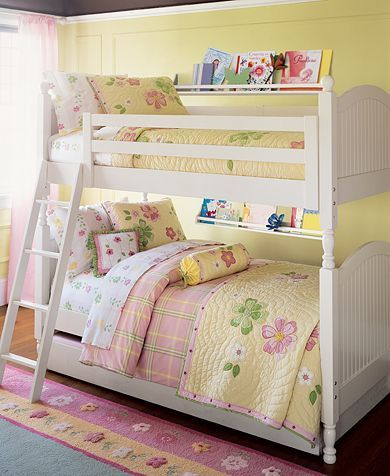 Bedroom on Bunk Beds   Girls  Bedroom Ideas