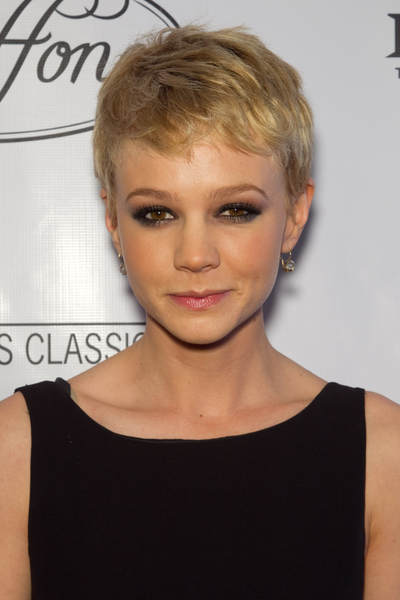 Carey Mulligan's short Twiggy-inspired hairstyle