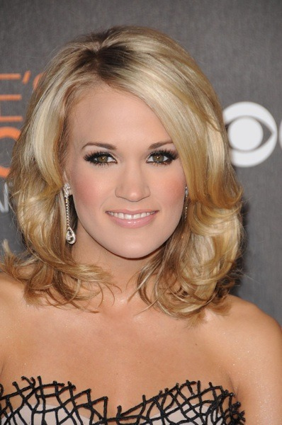 Carrie Underwood with diamond earrings
