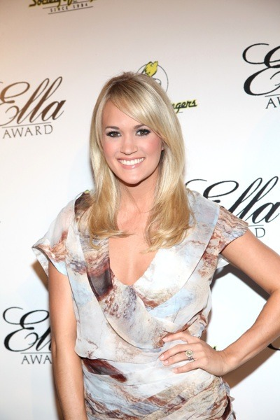 Carrie Underwood in chiffon dress