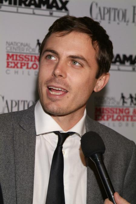 Casey Affleck being asked a question at his premiere