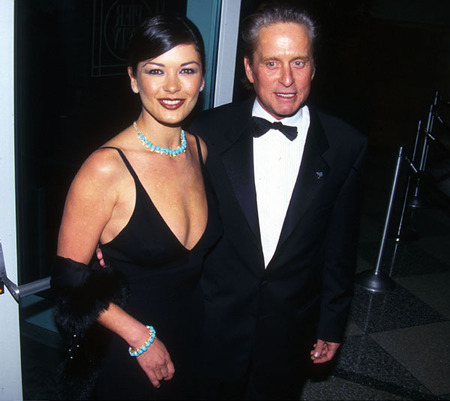 Catherine Zeta-Jones & Michael Douglas (1999)