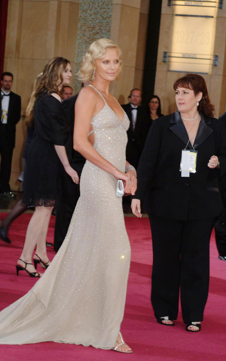 Charlize Theron - 2004 Oscars