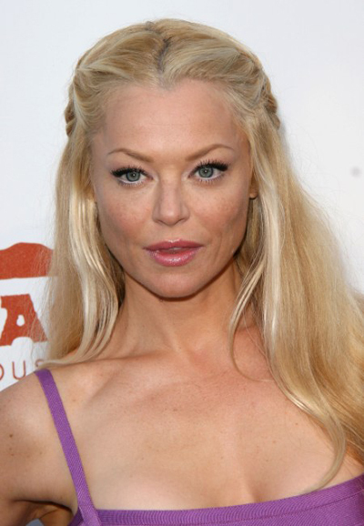 Charlotte Ross's versatile hairstyle