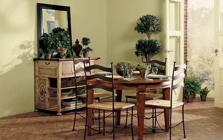 Disarmingly charming - Dining Room