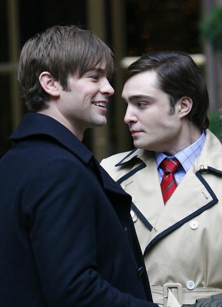 Chase Crawford stands beside Ed Westwick in Gossip Girls