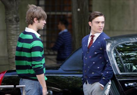 Chase Crawford with Ed Westwick looking over his shoulder in Gossip Girls