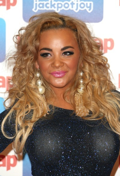 Curly hairstyles: Chelsee Healey