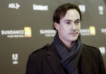 Chris Klein Goes to Rehab