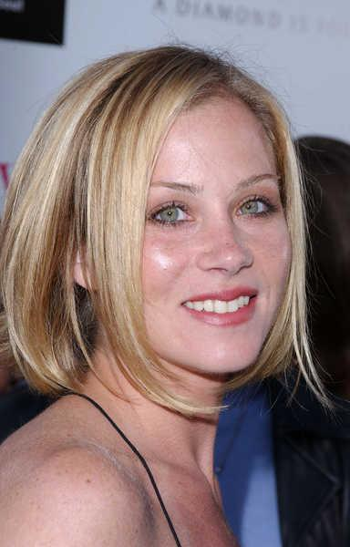 Christina Applegate Casual Short Blonde Hairstyle