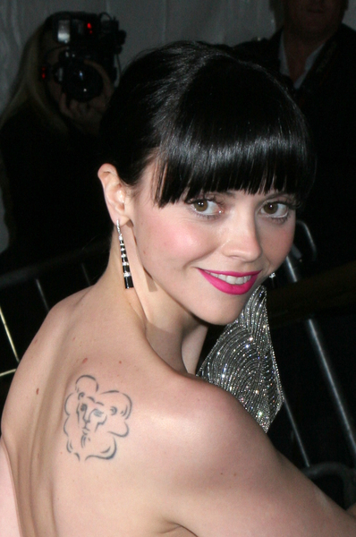Christina Ricci: Lion tattoo